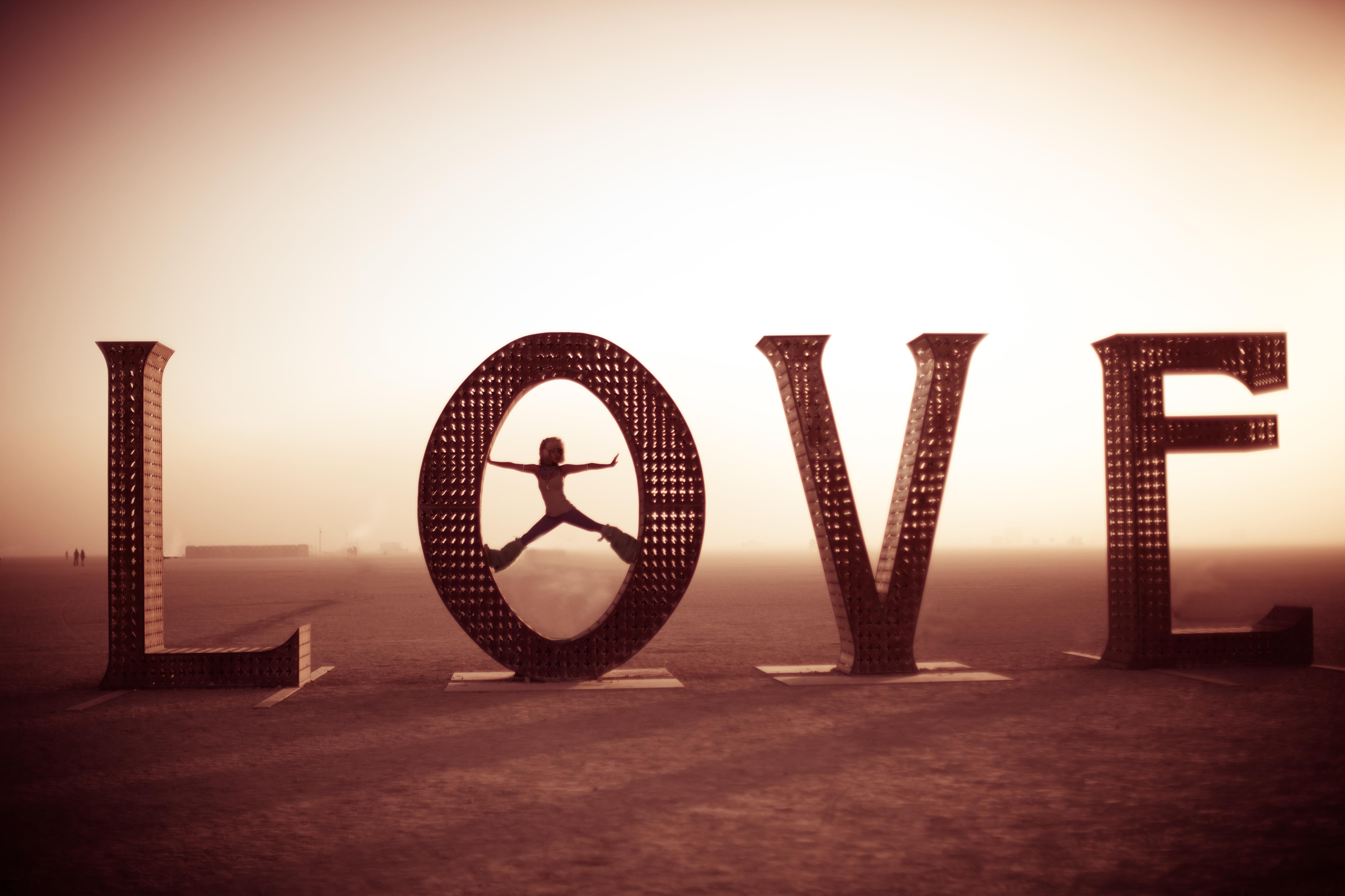 983Dusty Burning Love 2011